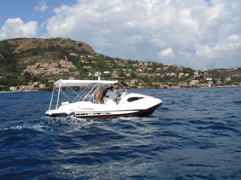 ZAR 73 SKYDECK - inboard version